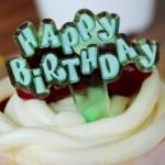 ป้ายพลาสติก Happy Birth Day สีเขียว (ราคา/ชิ้น)