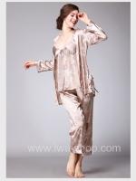ชุดนอนผู้หญิง ผ้าซาติน สีคาราเมล