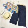 Set 2 ชิ้น เสื้อปลาดไหล่ แต่งขอบลูกไม้D&G +กางเกงขายาว