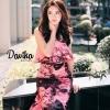 เดรสเกาะอกลายผ้าพิมพ์ดอกกุหลาบสีชมพูสลับสีดำทั