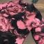เดรสลายผ้าพิมพ์ดอกกุหลาบสีชมพูสลับสีดำทั้ thumbnail 6