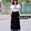 เสื้อยืดพื้นขาวแต่งสกรีนลาย CHANEL ลายคมชัด!! มาคู่กับกระโปรงอัดพีท thumbnail 1
