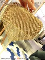 ให้เช่า กระเป๋าออกงาน &#x2665 กระเป๋าครัช ทรงเหลี่ยม แต่งเพชรระย้า (สีทอง)