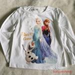 H&M : เสื้อยืดแขนยาวลาย Elsa&Anna สีขาว Size : 1.5-2y (***มีตำหนิ**เสื้อลายสกรีนแตก)