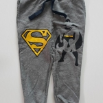 H&M : กางเกงขาจั๊มสกรีนลาย Batman&Superman size : 2-4y / 4-6y / 8-10y / 12-14y