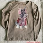 H&M : เสื้อยืดแขนยาว เนื้อผ้า นิ่ม เด้ง (งานช้อป/ ตัดป้าย) สกรีน ลายกระต่าย สีน้ำตาลอ่อน size : 2-4y / 4-6y