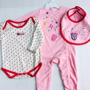 ชุดเซ็ตเด็กอ่อนสามชิ้น ขายส่งยกแพ็คราคาเดียว size -3-6-9 เดือน ราคาส่ง 900 บาทต่อชุด ตกชุดละ 150 บาท