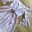 เดรสผ้าลูกไม้สีชมพูตกแต่งคอทรง scallop และริบบิ้น thumbnail 8