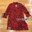 เดรสผ้าเครปสีแดงพิมพ์ลายดอกไม้สีเขียวตกแต่งพลีต thumbnail 7