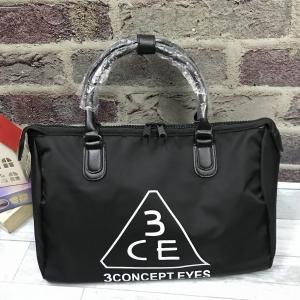 3CE waterproof travel bag *สีดำ