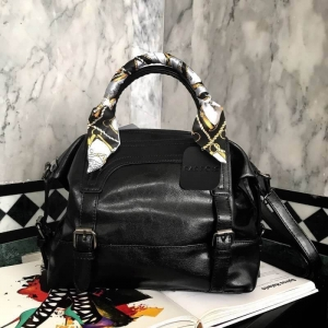 PARFOIS ทรง classic กระเป๋าถือหรือสะพายหนังสวย *ดำ