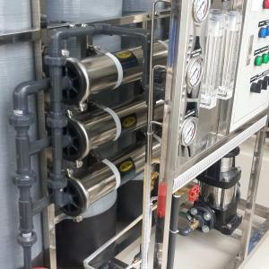 ชุดเครื่องกรองน้ำดื่ม SOFT + RO อัตรา 3000 ลิตร/วัน