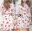 เดรสเกาหลี พร้อมส่ง เดรสสั้น สีขาวอมครีม ลายดอกไม้ thumbnail 8