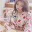 เดรสเกาหลี พร้อมส่ง เดรสสั้น สีขาวอมครีม ลายดอกไม้ thumbnail 7