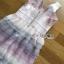 เดรสเกาหลี พร้อมส่ง เดรสผ้าทูลเลตกแต่งระบายสีลูกกวาด thumbnail 16