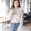 เสื้อเกาหลี พร้อมส่ง เสื้อชีฟอง ลายดอกมีระบาย thumbnail 2