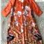 เดรสเกาหลี พร้อมส่ง เดรสทรงปล่อย สีส้มทองพิมลายดอกไม้ thumbnail 10