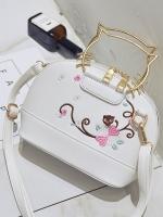 กระเป๋าถือ/สะพาย กระเป๋าใส่ไอโฟน iPhone ที่จับเป็นโครงเหล็กสีทองรูปหัวแมว ปักลายดอกไม้และแมวเหมียว