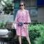 เดรสลายดอกสีชมพู ดาราใส่เยอะมากค่ะ ออกแนวมินิมอล เดรสตัวใหญ่ ใส่สบายๆ ใส่คลุมท้องได้ยันคลอดเลยค่ะ งานสวยมาก ทำจากผ้าชีฟองสีชมพู มีซับใน สกรีนลายดอกกุหลาบ ใส่น่ารักๆแบบคุณณิชา คุณเต้ยค่ะ thumbnail 2